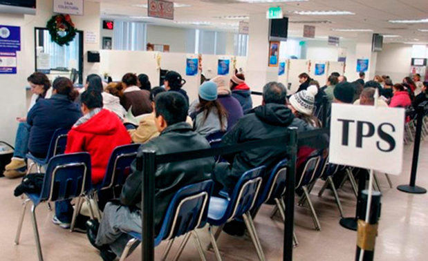 Cancillería pide a salvadoreños en EE.UU. precaución al renovar TPS