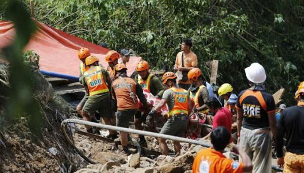 Unas 30 personas atrapadas en edificio en Filipinas tras paso de tifón Yutu