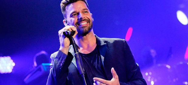 Ricky Martin regresa con su primera colaboración junto a Bad Bunny y Residente