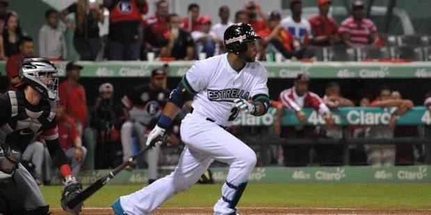 Robinson Canó espera permiso de los Mets para jugar con Estrellas