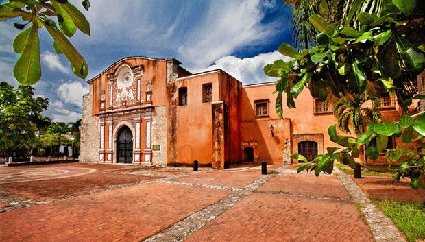 La Iglesia y Convento de los Dominicos.