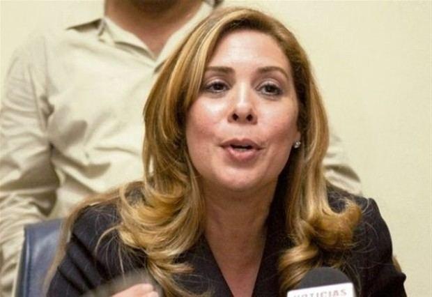 Candidata vicepresidencial de la Fuerza del Pueblo, FP, Sergia Mejía de Séliman.