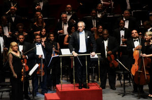Se trató de una noche magnífica para los amantes de la ópera y del canto lírico, en la que el público disfrutó de la calidad interpretativa de uno de los tenores más cotizados del momento, Ramón Vargas.