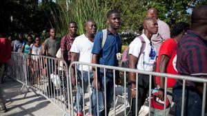 El PRSC pide al Gobierno detener la 'masiva e irregular' llegada de haitianos.