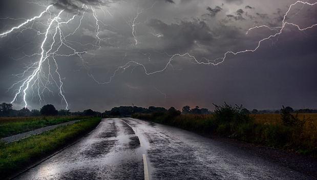 Aguaceros locales con tormentas eléctricas aisladas en algunas provincias del país
