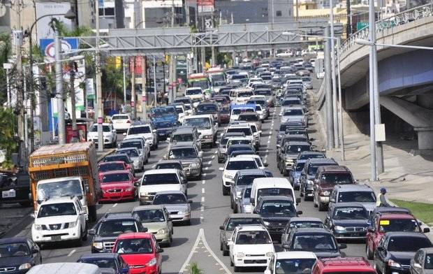 Anuncian el lunes próximo inicia período renovación marbete de vehículos