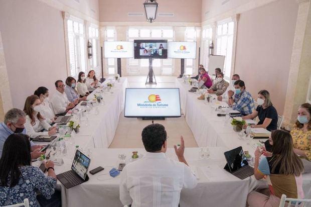 Propietarios de agencias de viajes se reúnen en Punta Cana.
