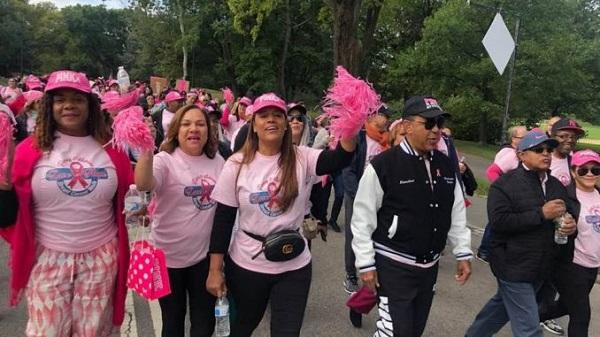 Dominicanos caminan en favor de la lucha contra el cáncer en New York.
