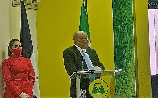 Yanio Concepción Silva, presidente de la Cooperativa Vega Real, dijo que los candidatos presidenciales deben levantar posturas frente al cooperativismo.
