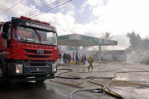 Incendio en planta de gas de Santiago.