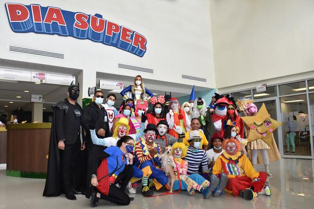 """Hospital Hugo Mendoza celebra """"Un Día Súper"""" para sus pacientes."""
