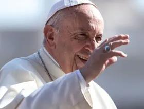 Vaticano anuncia resultado de operación del Papa Francisco