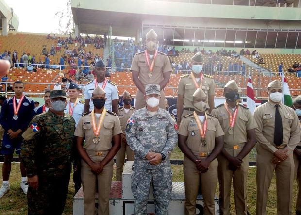 Academia Naval gana Juegos Interacadémicos de las FF.AA. y PN