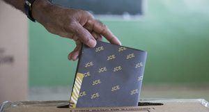 La Junta Electoral del Distrito Nacional ha logrado computar hasta este lunes el 95 % de los colegios.