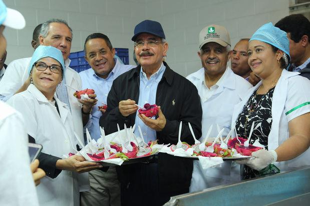 Danilo Medina realiza visita de supervisión a proyectos en Puerto Plata, Santiago y La Vega