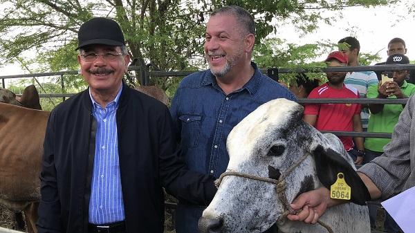 Danilo da seguimiento cumplimiento compromisos Visitas Sorpresa en Puerto Plata
