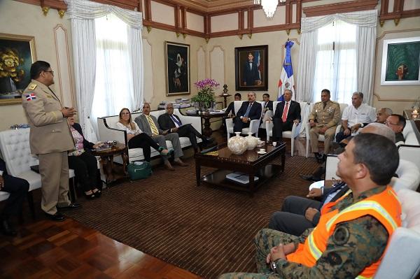 Presidente Danilo Medina se reúne con el COE para dar seguimiento trayectoria tormenta Isaac