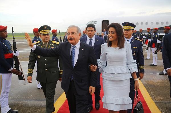 Presidente Medina regresa al país luego de intensa agenda de trabajo en NY