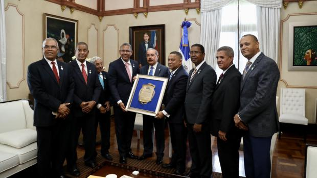 CODIA reconoce a Danilo Medina por su firmeza democratizadora en los sorteos de obras
