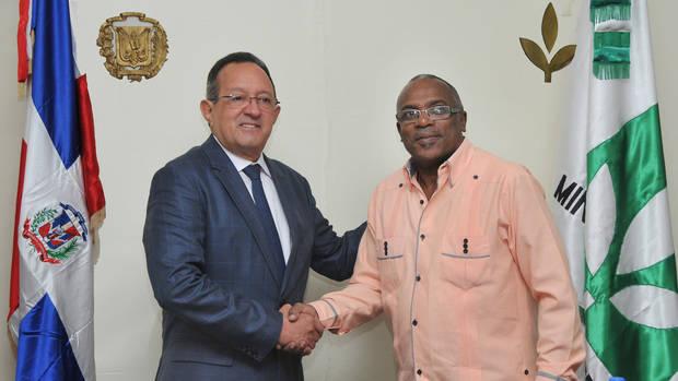 Ministros de Agricultura de Haití y RD realizan encuentro de fortalecimiento bilateral