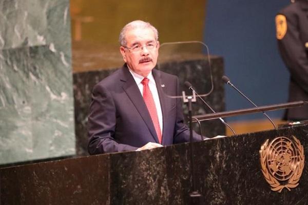 Danilo Medina promete aportar una