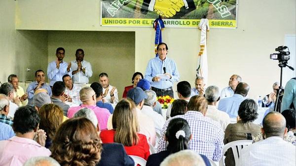 Gustavo Montalvo encabeza entrega fondos para proyectos agropecuarios