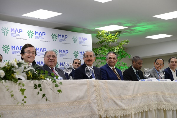 Danilo Medina deja en funcionamiento nuevas instalaciones del MAP