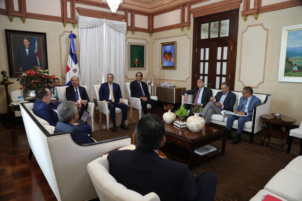 Danilo Medina pasa balance sobre recaudaciones 2018