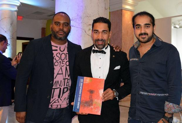 Oscar Abreu presentó exposición colectiva en Bellas Artes