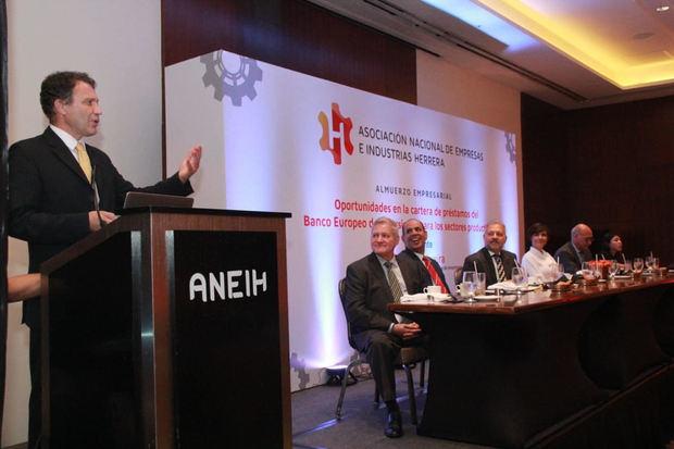 BEI anuncia disponibilidad de recursos para apoyar sectores productivos RD
