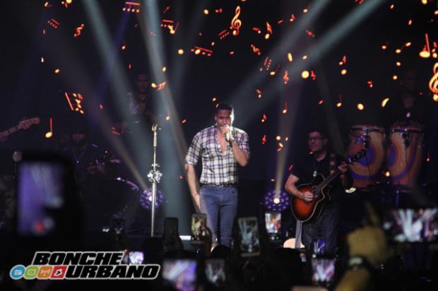 Romeo Santos en concierto privado para sus fans en NYC
