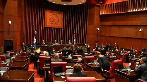 El Senado conoce el lunes pedido de Medina de extender período de emergencia.