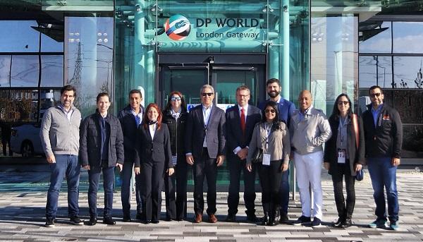 Parte de la delegación en London Gateway, encabezada por el presidente de Britcham, Leonel Melo.