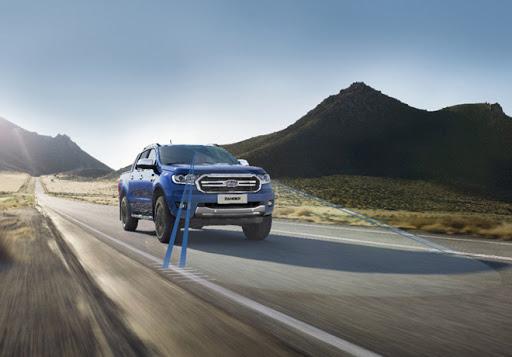 Ford y Mobileye expanden para mejorar la prevención de colisión a través de cámara en vehículos globales