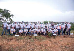 Instituciones del Gabinete de Política Social siembran más de 1,200 árboles.