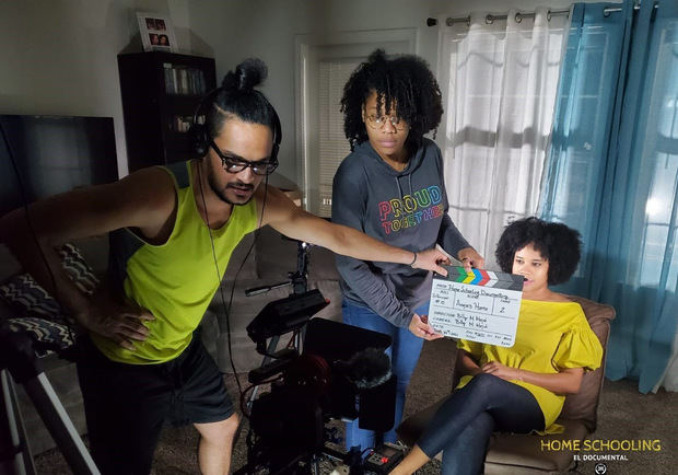 "Cineastas estrenan en RD ""Home Schooling el documental"""