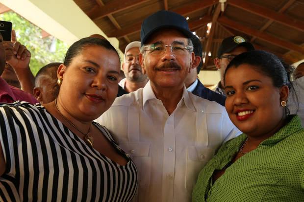 Danilo Medina: se debe educar en igualdad y respeto para combatir violencia contra la mujer
