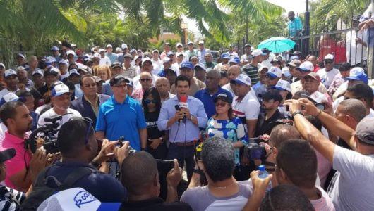 Dirigentes del PRM .durante la movilizacion