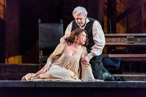 Plácido Domingo como Miller y Sonya Yoncheva en el rol titular de 'Luisa Miller' de Verdi.