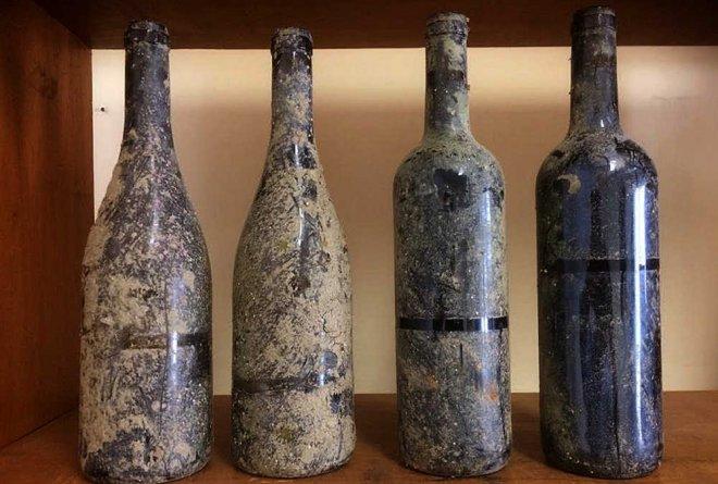 Un vino portugués, envejecido en el fondo del Océano Atlántico