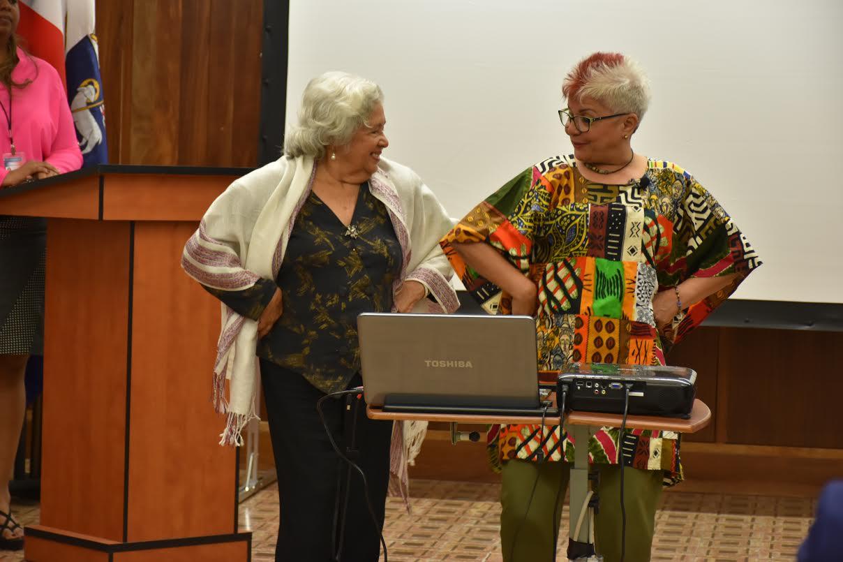 Xiomarita Pérez revive en PR las costumbres y tradiciones dominicanas