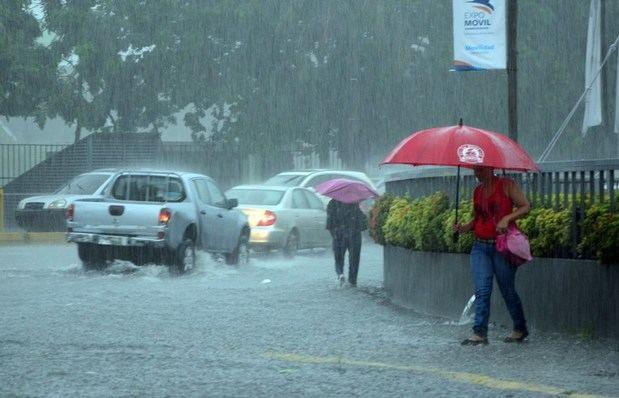 Vaguada continuará provocando aguaceros sobre el país.