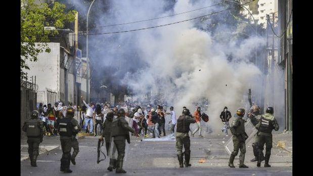 Internacional Socialista reconoce legitimidad de Parlamento de Venezuela y pide elecciones
