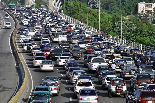 DGII: El 74% del parque vehicular hábil ha renovado el marbete