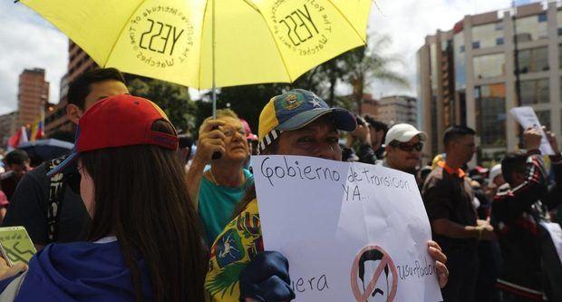 Venezolanos en RD se manifiestan contra Maduro