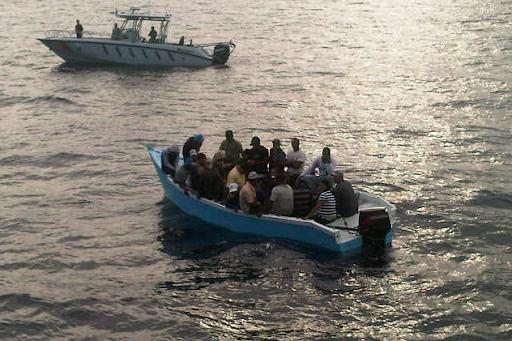 Más de 120 personas detenidas en las últimas horas en ruta hacia Puerto Rico.