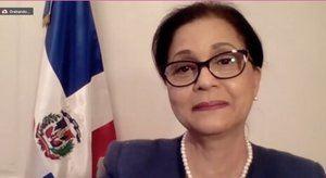 Sra. Lourdes Victoria-Kruse, Embajadora y Representante Permanente de la República Dominicana en Viena,
