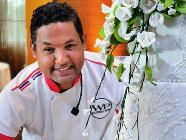 Realizan 3er. Seminario Pastelero dictado por el Chef Wilfredo Peña