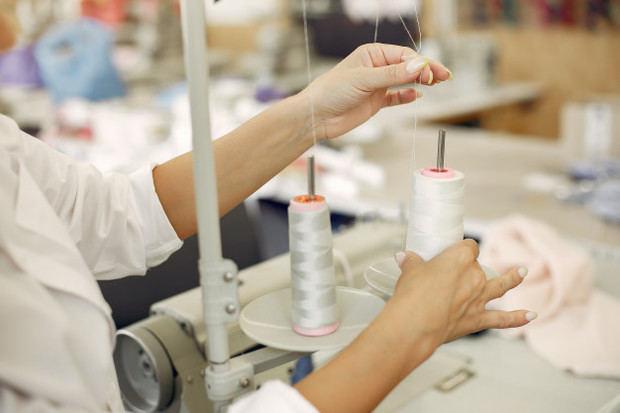 Índice de actividad manufacturera sigue a la baja en abril 2020