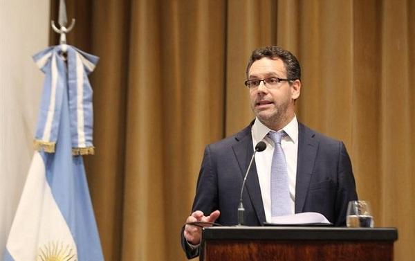 Argentina anuncia cambio de política monetaria